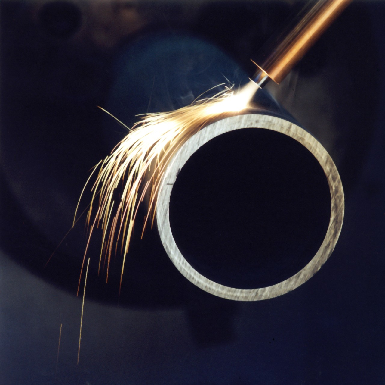 Processing of a workpiece by laser